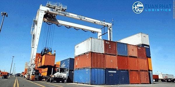 khối lượng vận chuyển hàng hóa